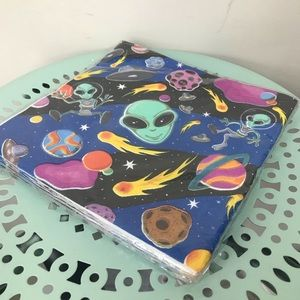New in Package Alien Party Napkins